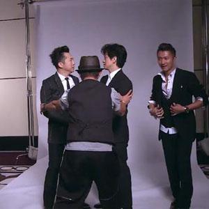 哈林庾澄庆教李健摆poss视频