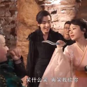 《香蜜沉沉》花絮好甜 杨紫在片场完全就是老大!