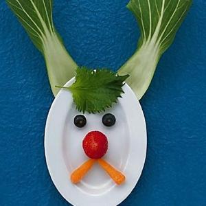 小孩被迫吃蔬菜惨相百出视频出处 表情都很skr