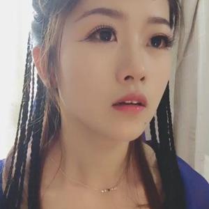 抖音网红晓晓出名视频 哭起来最好看的女子