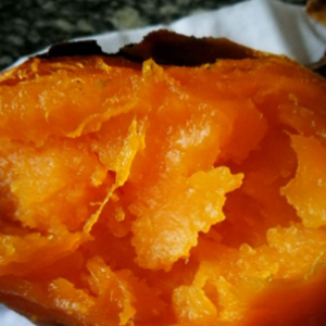 电饭煲怎么烤红薯 用电饭煲烤红薯做法分享