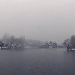 扬州瘦西湖下雪视频