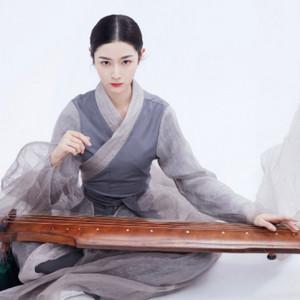 国风美少年芊蔚《广陵散》弹奏视频