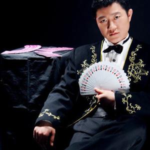 赌王马洪刚现场展示绝技,真正的千王之王!