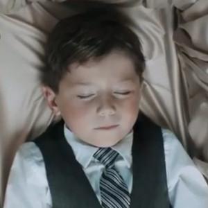 恐怖短片《玩偶师》完整版在线观看视频